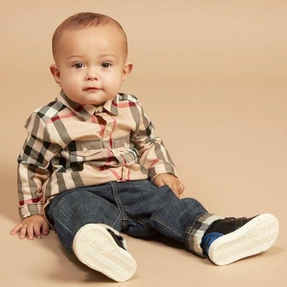 21d02ae1ca2c3 Like New Baby boy Burberry Button Down Shirt. M 5b0ffc2461ca103ca8285be0
